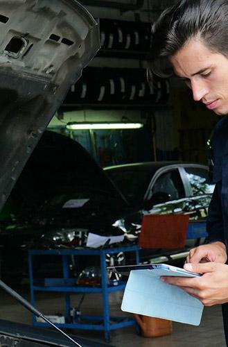 Révision de voiture à Saint-Laurent-du-Var